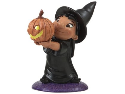 click for lilo as a witch at big bad - Halloween Statues